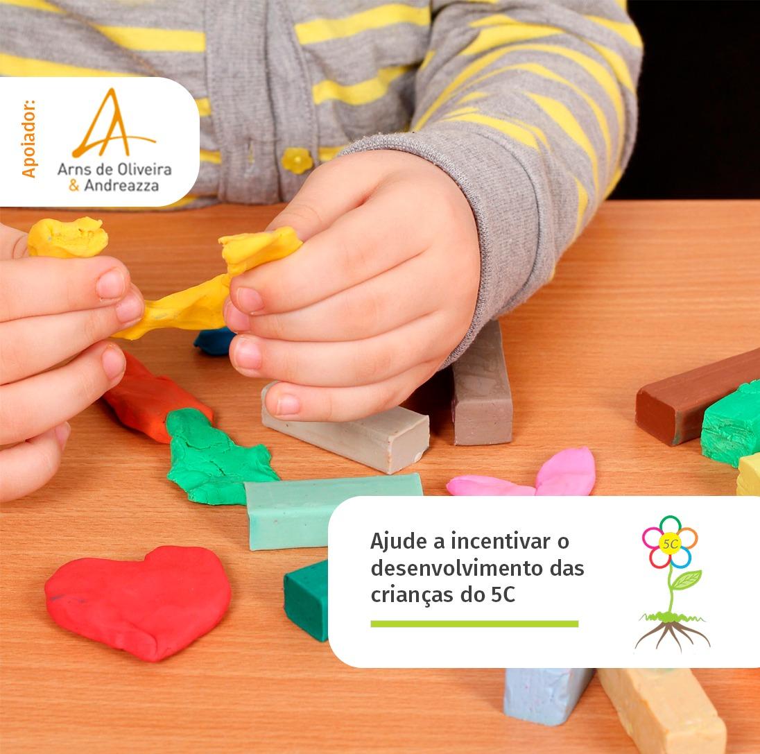 Escritório Arns de Oliveira & Andreazza apoia projeto 5C